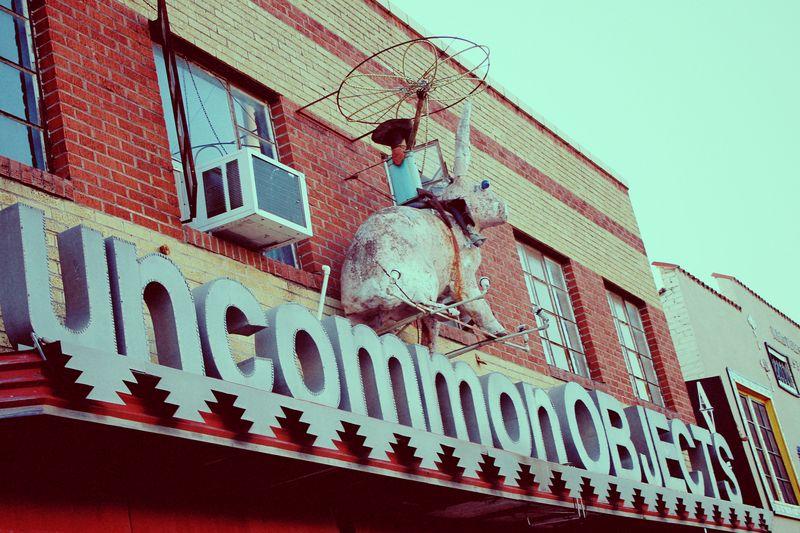 Umcommon large sign
