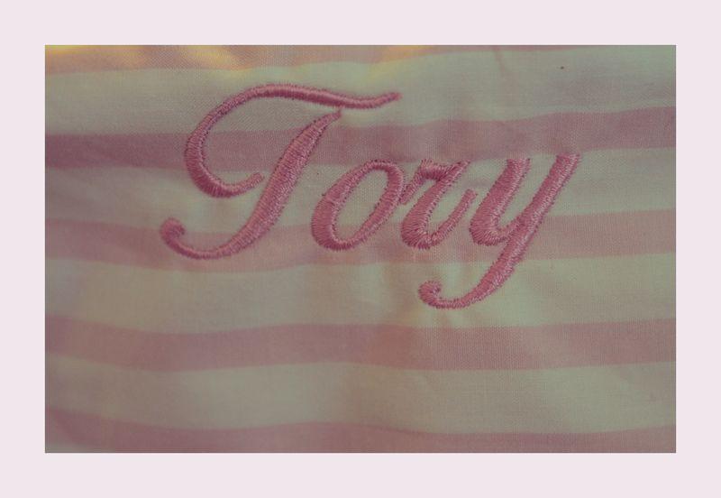 Tory Basket Upclose