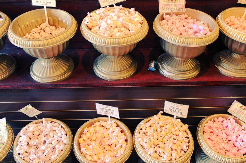 Candy pots 2