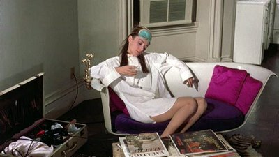 Holly_golightly's_bathtub_sofa